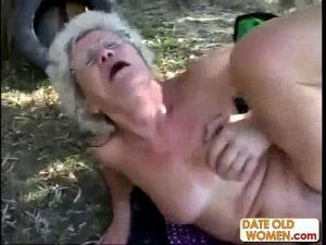 23 Min Old Woman Forced To Suck Youporn Xxx