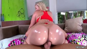 35 Min Big Oiled Booty Alexis Gets Fucked Xvideos.com