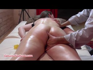 13 Min Chubby Teen Gets Massage And Fucks Hardcore With Older Man Pussy
