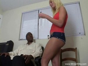 23 Min MILF Wants A Big Black Cock Porn Video